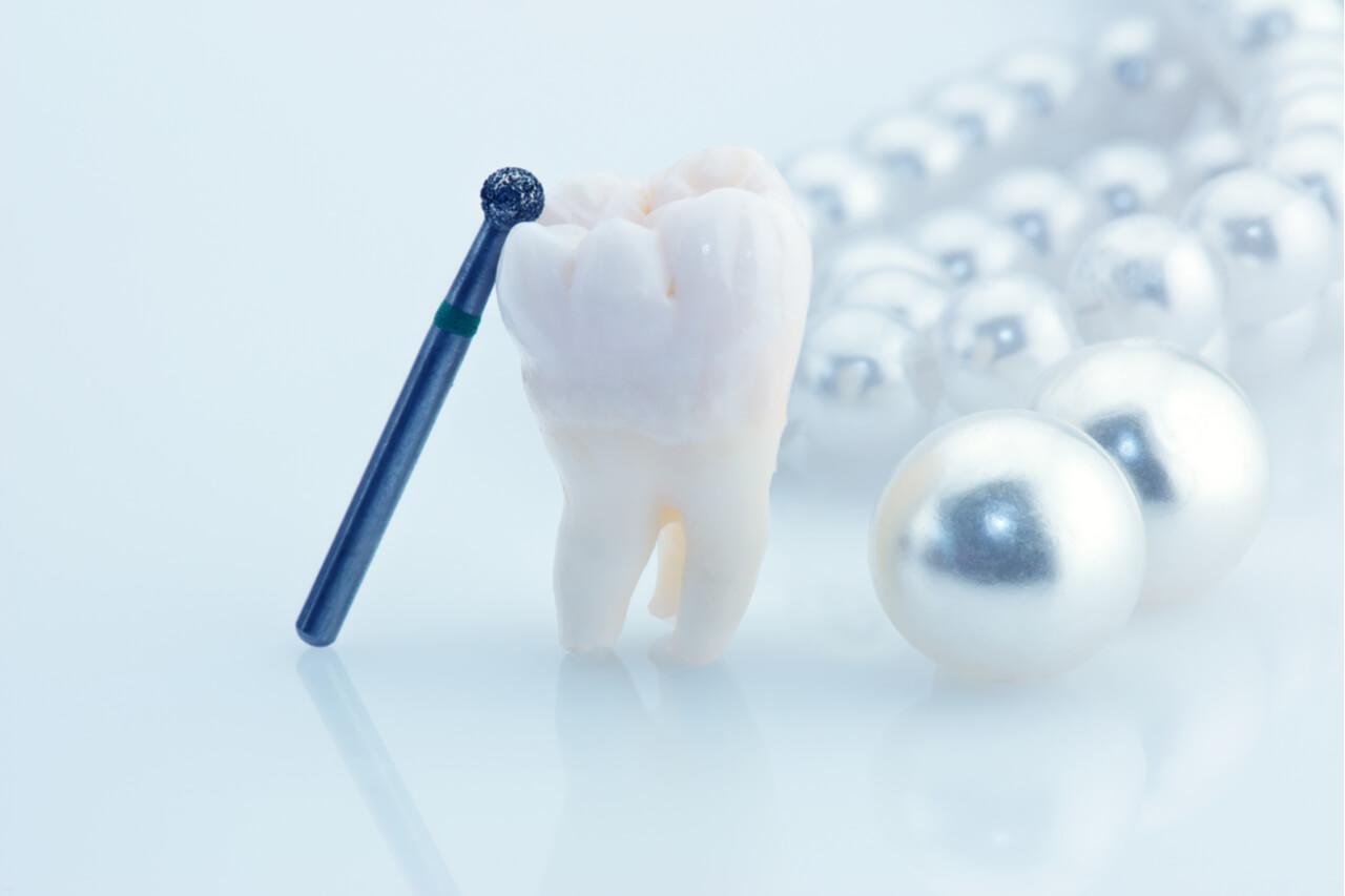 Is Wisdom Teeth Removal Bleeding Normal?