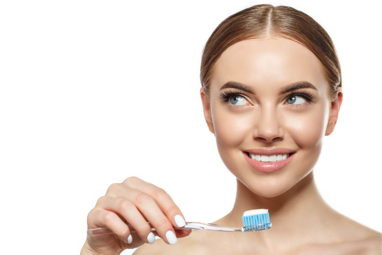 Should You Brush Your Teeth After Whitening Treatments?